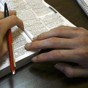 Bible pen hand